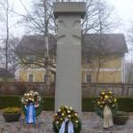 Kriegerdenkmal am alten Friedhof im November 2012