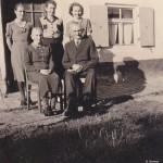 Familienfoto um 1950