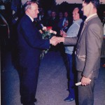 Geistl. Rat Brazdil feiert seinen 60. Geburtstag. Es gratulieren Herr Mayr und Herr Hochwind