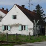 """Ostansicht der """"Villa Sonnenschein"""" vor dem Abbruch am 23.04. 2005"""
