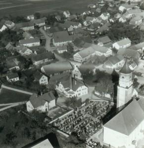 Alter Friedhof, Kindergarten und Molkerei 1957