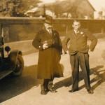 Bgm. Hartner (links) mit Chauffeur Alois Blochum