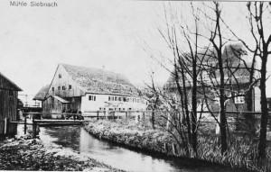 Mühle mit Mühlbach um 1900