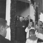 Bürgermeister Alois Kornes bei der Einweihung des neuen Friedhofs