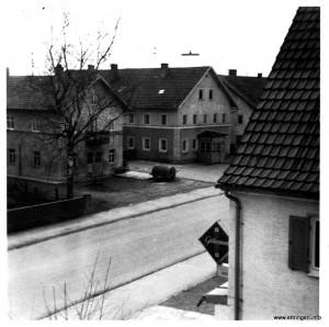 Blick auf die Hauptstraße vor ca. 50 Jahren