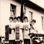 v.l. Hochwind Martina, Blum Hildegart, Bier Renate, Baindl Lisa , ? Links unten: die Mesnerin Frau Groß