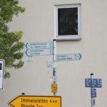Die Radweg-Schilder lotsen einen wirklich zuverlässig durchs Unterallgäu. Bild: Augsburger Allgemeine