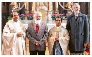 (von links): Pater Michael, Hans Becherer, Pater Binu und Armin Weh. Foto: Weh